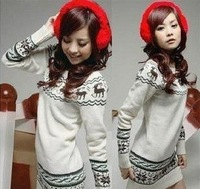 2013 Korean version of women's increasing deer winter snowflake sweater Slim round neck long version