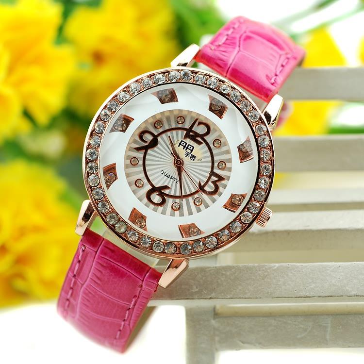 2013 women's diamond watch modern trend of the fresh lady strap watch(China (Mainland))