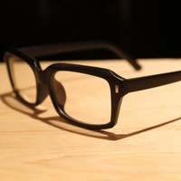 The trend of black plain mirror fashion eyeglasses frame meters ultra-light glasses male Women non-mainstream