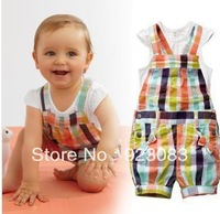 2013 new girls clothing suit set 2 piece Lattice short sleeve shirt+ bib shorts free shipping 5 pcs/lot