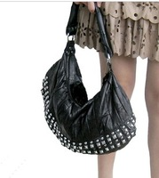 Korean Style Women's Hobo Real Leather Rivet Studded Handbag Shoulder Messenger Bags Women 1108