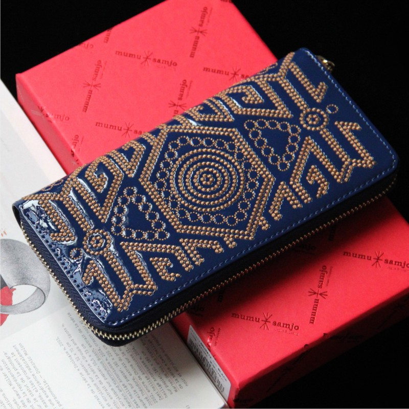 New arrival 2014 fashion japanned leather embroidery pattern wallet women's genuine leather wallet card holder day clutch bag(China (Mainland))
