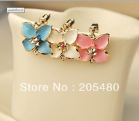 Four blossom  flower lovely earrings earrings female 3 colour white , bule and red Korea fashion style crystal stud earing