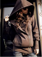 T616 with a hood oblique zipper sweatshirt