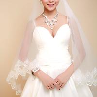 A bridal veil 3 meters 1.5 meters vintage big laciness long veil wedding accessories