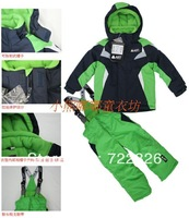FREE SHIPPING Baby dresses children male female child thickening fleece ski suit set cotton-padded jacket trousers