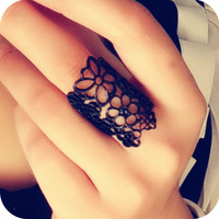 Minimum Order $15 Mix Order ! Fashion Vintage hollow lace flower Women ring finger ring
