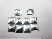 Free shiping2013fashion 5mm silver hot fix nailhead Pyramid Studs Spots Punk Rock Biker DIY Spikes Bag Shoes Clothes 500pcs/lot