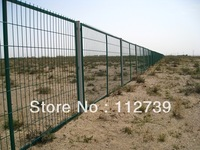 Wire Mesh Fence, Simple Structure, Outside Diameter 4mm, Frame Size 20*30mm, 30*50mm, Opening 70*150mm