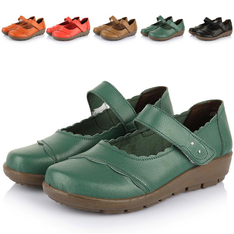 Sapatos sapatos quinquagenário mãe das mulheres sapatos de couro genuíno das sapatas idosos plus size recorte verão(China (Mainland))