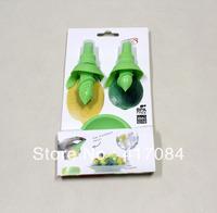 10sets/lot Amazing price fruit tools Plug sprayer spray lemon juicer juice fruit sprayer device wholesale
