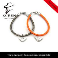 accept,steel hawk parts green gunuine leather charming bracelets for women QR-213