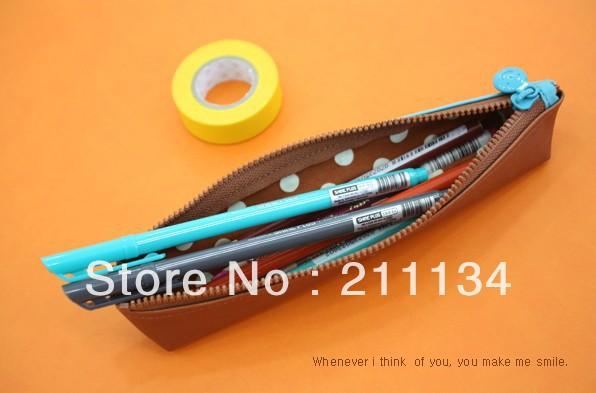 Free Shipping!! 10 Pcs / Lot Korea Smiley Mini Pencil Bag / Pen Pouch / Pencil Case(China (Mainland))