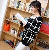 Free shipping 50%off 2013 women fashion loose black white plaid o-neck long-sleeve sweater ladies pullovers sweater outerwear