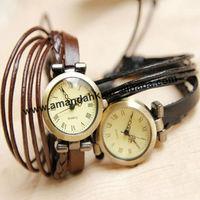 Наручные часы 50pcs/lot leather unisex watch 11 colors, popular square lady quartz watch, Roman fashion style leather wristwatch gift items