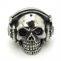 Wholesale Price Cool Smiling Skull Listening Music Black Crystal Eyes Big Earphone Stainless Steel Ring Special Gift