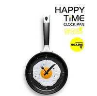 fashion fried eggs pan shaped wall clock novelty home decoration clocks kicthen decor clock free shipping
