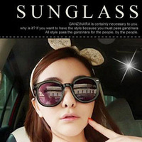 Wholesale Price Promotion Vintage Retro Rivets Big Round Frame Sunglasses Womens Men Blackround Sunglasses Free Shipping