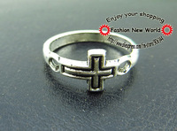 100PCS cross DESIGN JEWELRY RINGs SILVER METAL CHARM PENTDANTs finding  C1585