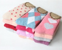 1 Lot=20 pieces=10 pairs,Fashion Korea style Sweet Warm Thickening cotton Socks for Women Rabbit Wool Women Sock, wz11
