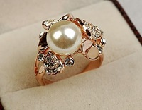 charming pearl crystal women's ring sz 6 7 8  (nnsssp)