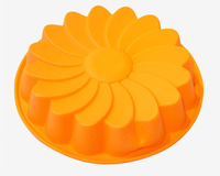 1pcs Great Circle Flower Green Good Quality Food Grade Silicone Cake Ice Jelly Pudding Muffin Cupcake Pizza Baking Pan DIY Mold