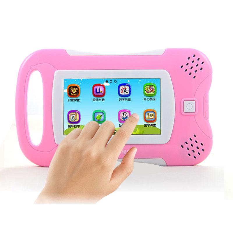 Enfant tablette. moment machine d'apprentissage préscolaire machine