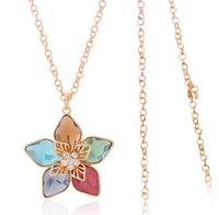 2013New Special Offer Christmas Gift The New Five Long Leaves Flowers for Women Sweater Chain Necklace Clothes Hang Accesories