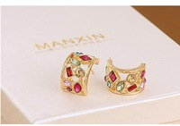 Min order is $ 10 (can mix order) Fashion And Noble Jewelry Hollow  Color Crystal Square Earrings