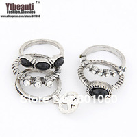 Christmas hot sale in Europe and the alloy multiple line beautiful fashionable joker character charm rings