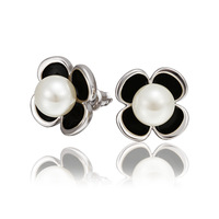 2014 Hot Sale New Fashion Alloy Jewelry Austrian Crystal Stud Earrings Wholesale 18KGP E575