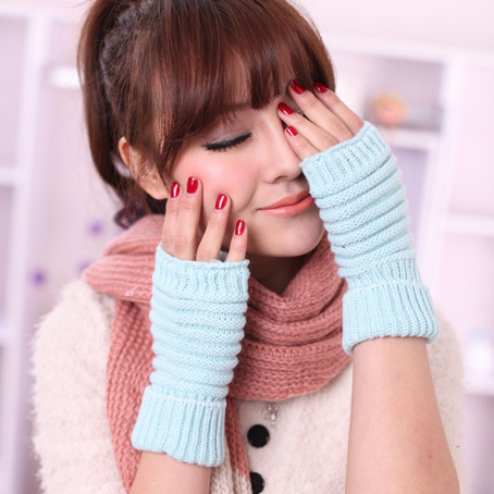 CCTV promote corporate Taobao selling because love it love Korean short knitted gloves 1553/BB2-1(China (Mainland))