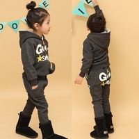 Free shipping girls good fleece sweatshirt set thick baby suits kids clothes