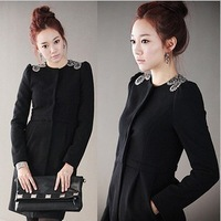 2013 new winter long section long-sleeved woolen jacket Slim woolen coat windbreaker