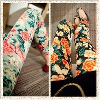 Free shipping 2013 fashion female spring and autumn vintage small  flower print legging