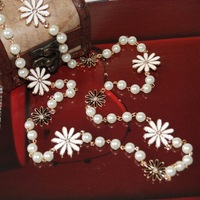 New fashion Vintage simple style daisy decoration bead pearl chain long necklace gifts free shipping jewelry wholesale