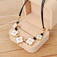 Vintage four leaf grass decoration necklace short necklace design fashion jewelry necklace female