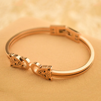 Fashion titanium color gold rose gold bracelet women's hand ring
