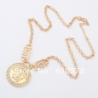 Free Shipping! New Women's Celebrity style Gold Tone Crystal Human Head Medallion Statement Necklace Jewelry Wholesale#100699