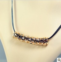 Fashion Royal Cutout Carved Round Tube Punk Leather Short Necklace