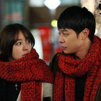 Free shippig Korean yeh autumn and winter thickening yarn scarf lovers muffler scarf