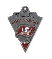 Free shipping  NFL antique silver single-sided Tampa Bay Buccaneers charms