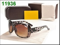 2013 Best Quality  sunglass for Women Fashion sunglass  branded design  large-framed sunglasses Free shipping -TBB 0270