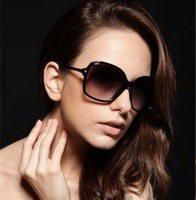 Woman sunglasses with Free Useful box / Fashion Famous glasses women brand oculos de sol