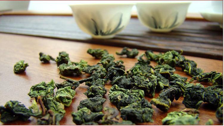 Free Shipping 250g Peach Flavour Oolong Taiwan Alishan Hihg MountainsTea Frangrant Wulong Tea Chinese Tea
