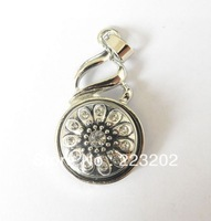 Free Shipping Wholesale 6pcs/lot  Fashion Jewelry Silver plated round inlay button Pendant With Rhinestone Necklace  NR20131101