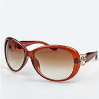 Star Style Women's Sunglasses Luxury Fashion Summer Sun Glasses Women Large Vintage Sunglass woman Outdoor Eyeglasses Wholesale