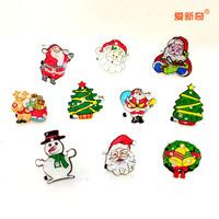 Christmas flash brooch luminous Christmas Supplies New Year decoration style random hair brooch badge 4g