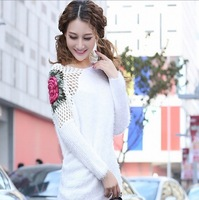 Ethnic Chinese style Peony sweater Round collar White sweater Hollow-out decorative pattern The bat sleeve