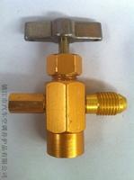 Car air conditioner refrigerant bottled bottle opener belt relief valve fashion product bottle opener